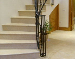English Limestone - Thornby Honed